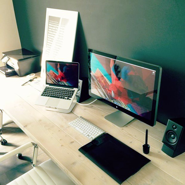 Amazing Workspace Set-Ups to Keep You Focussed (35)