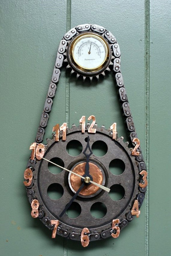 Fabulas Wall Clocks to embrace Your Home Entrance (15)