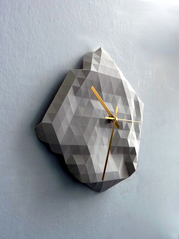 Fabulas Wall Clocks to embrace Your Home Entrance (20)