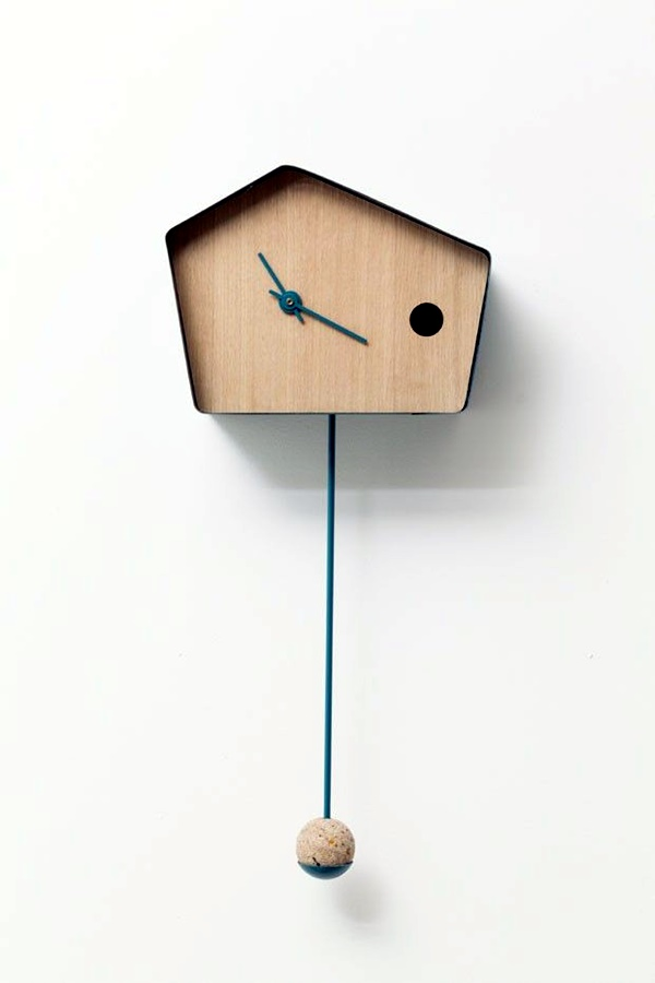 Fabulas Wall Clocks to embrace Your Home Entrance (27)