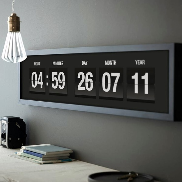Fabulas Wall Clocks to embrace Your Home Entrance (30)