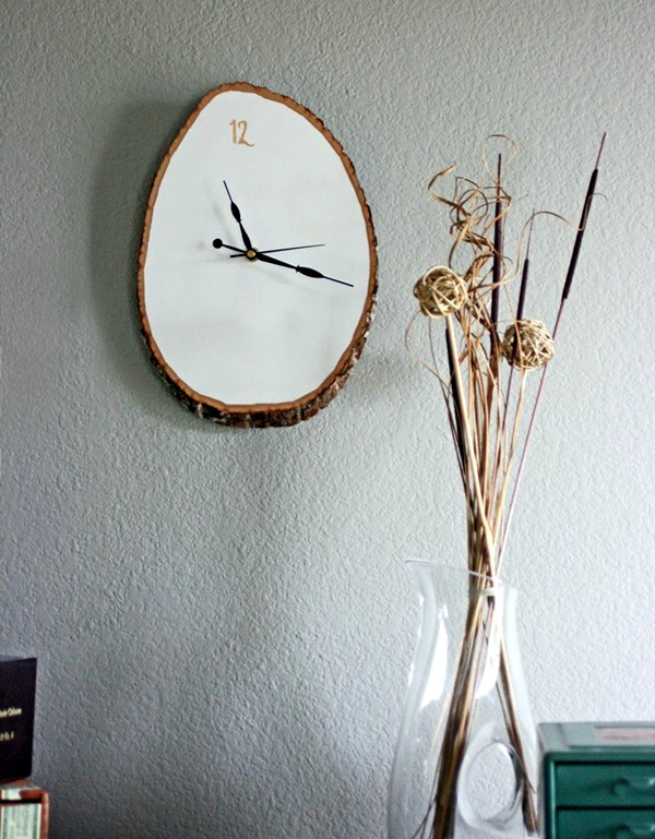Fabulas Wall Clocks to embrace Your Home Entrance (32)