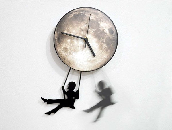 Fabulas Wall Clocks to embrace Your Home Entrance (34)