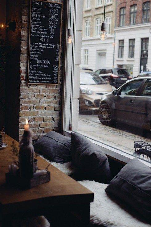 coffee shop decor 9