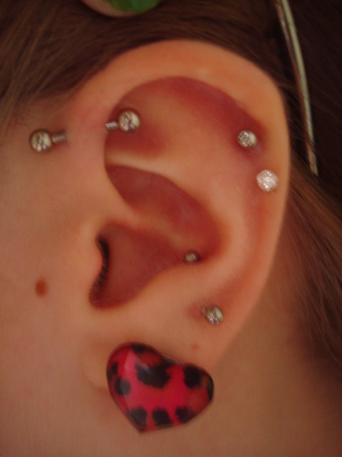 40 Examples Of Triple Forward Helix Piercing