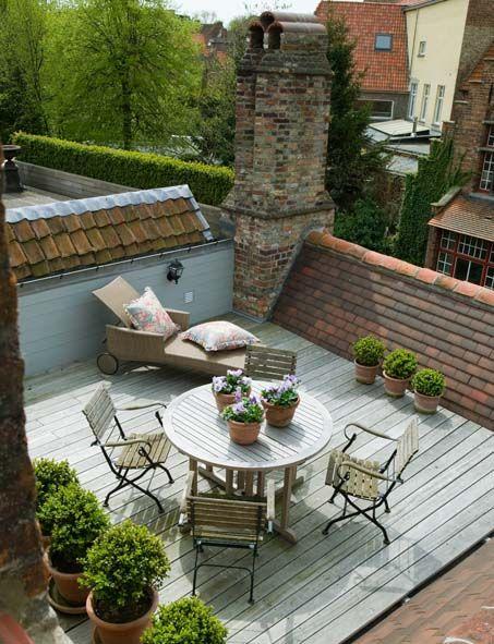 20 rooftop garden ideas to make your world better bored art for Garden design troller
