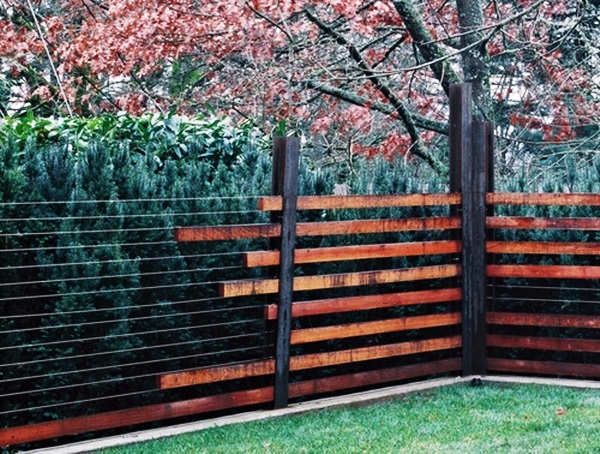 Creative Garden Fence Decoration Ideas 3