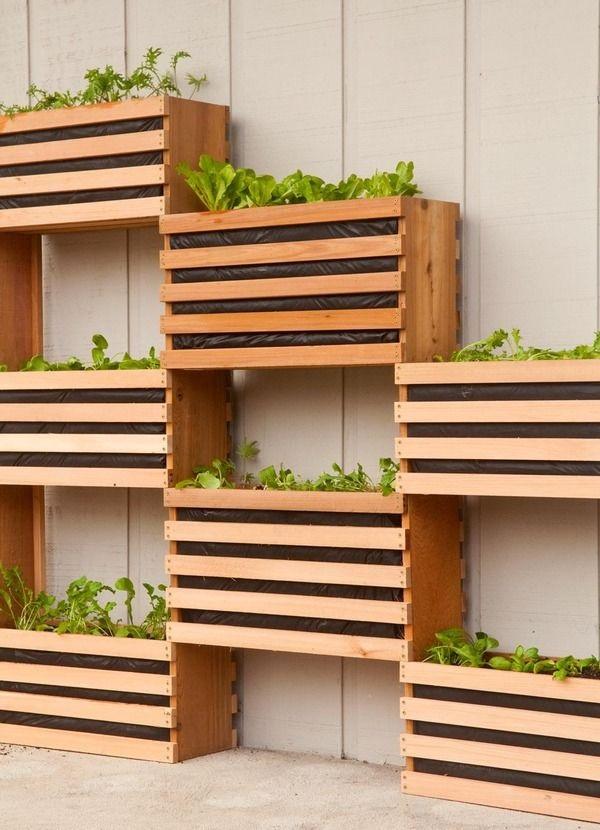 40 Creative Garden Fence Decoration Ideas on Backyard Fence Decor Ideas id=37459