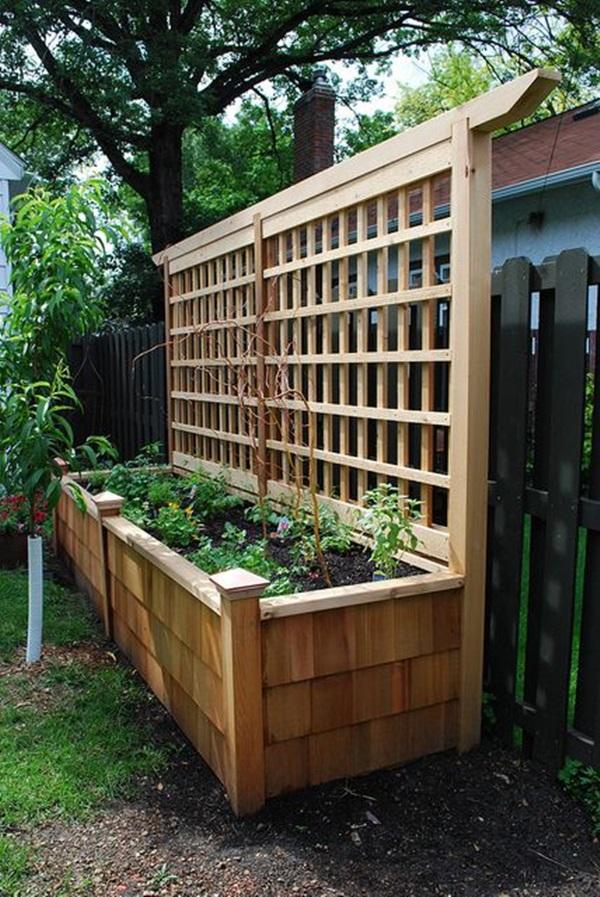 40 Creative Garden Fence Decoration Ideas on Backyard Fence Decor Ideas id=94870