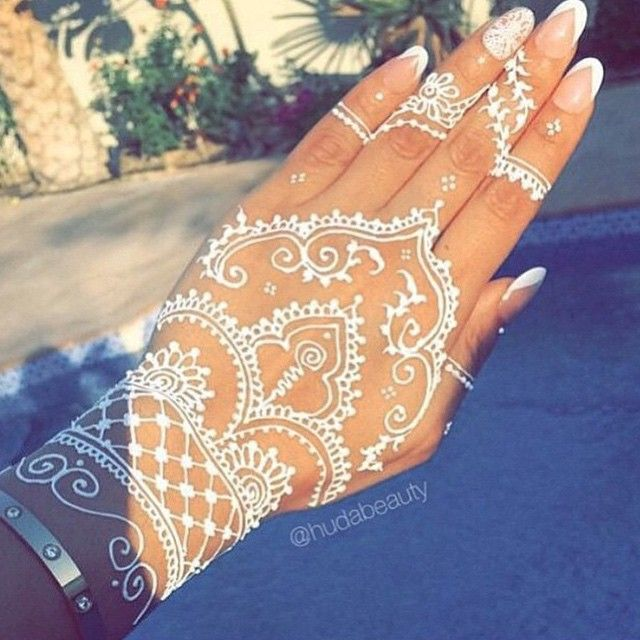 White Henna: Very Attractive White Henna Designs