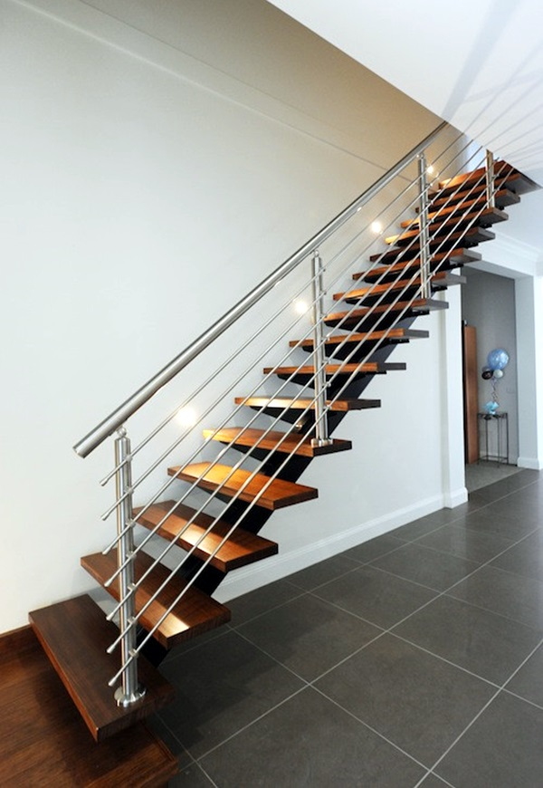 40 amazing grill designs for stairs balcony and windows for Balcony safety grill designs