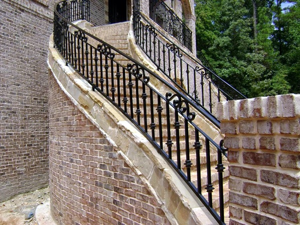 Amazing Grill Designs For Stairs, Balcony and Windows (38)
