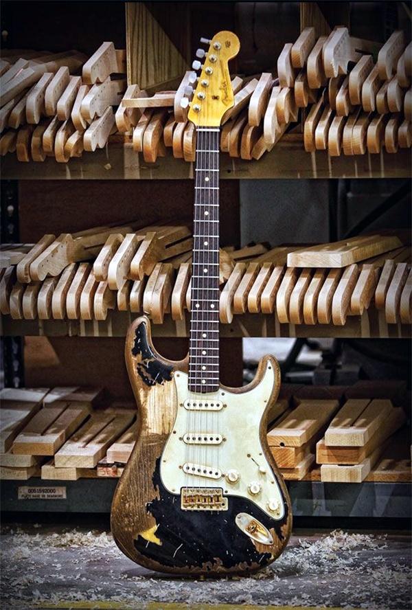 Beautiful and Creative Guitar Artworks (10)