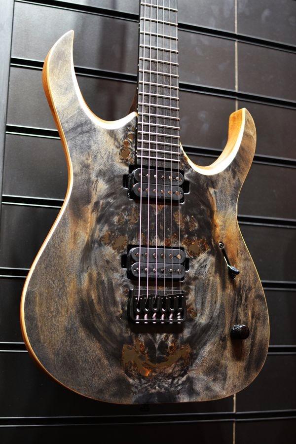 Beautiful and Creative Guitar Artworks (14)