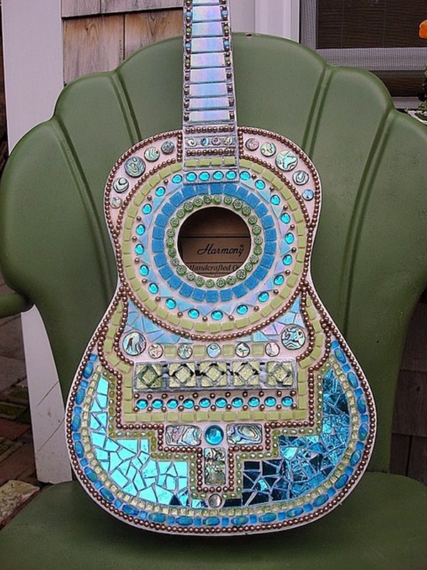 Beautiful and Creative Guitar Artworks (38)