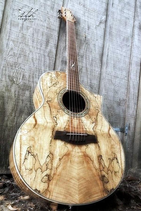 Beautiful and Creative Guitar Artworks (5)