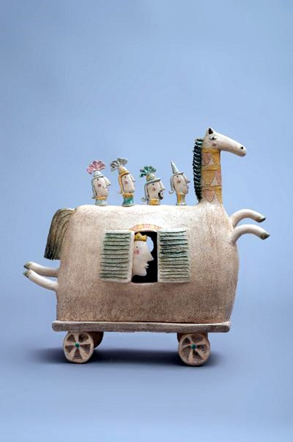 Creative and Beautiful Examples of Ceramic Arts (26)