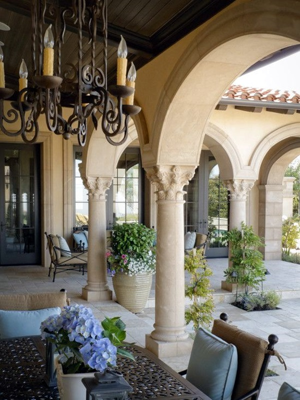 Glorious Pillar Designs To Give A Grand Look To Your House 31