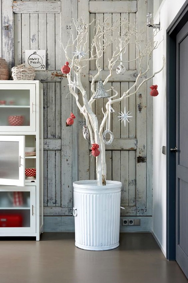 Inspirational Tree Branches Decoration Ideas (46)