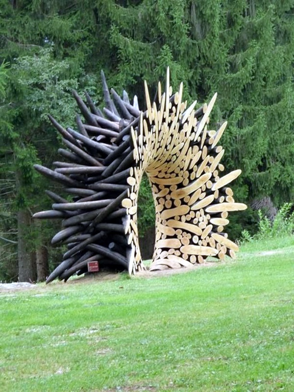 Stunning Land Art Installations (28)