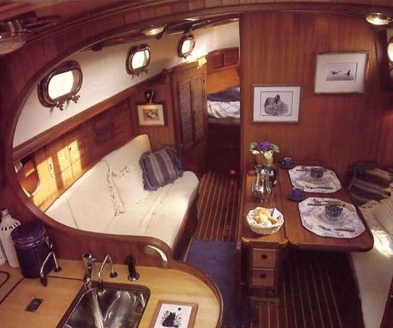 Boat Interiors 12