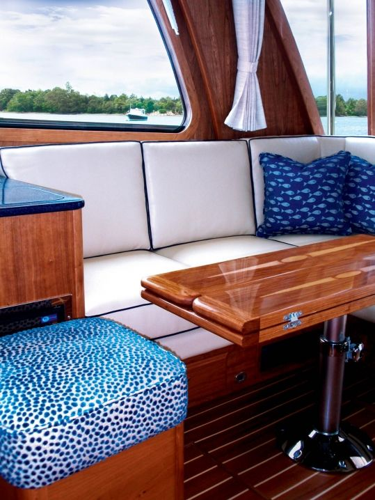 Beautiful And Comfortable Boat Interior Designs To Make Your Mouth ...