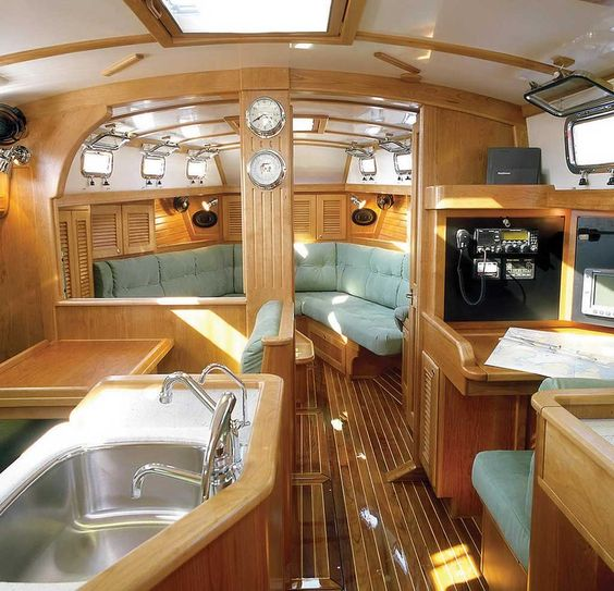 Beautiful And Comfortable Boat Interior Designs To Make Your Mouth
