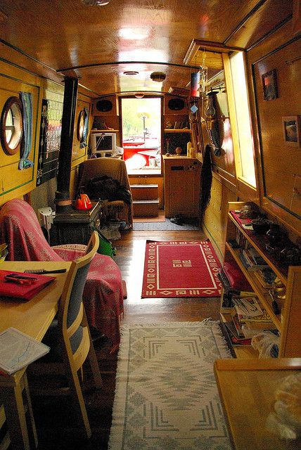 Boat Interiors 9