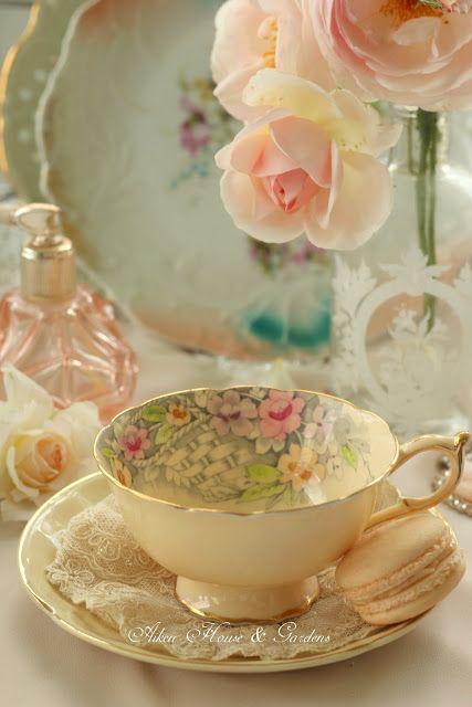 vintage tea cups 26