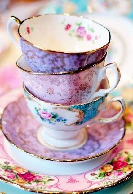 Very Warm And Winsome Vintage Tea Cups