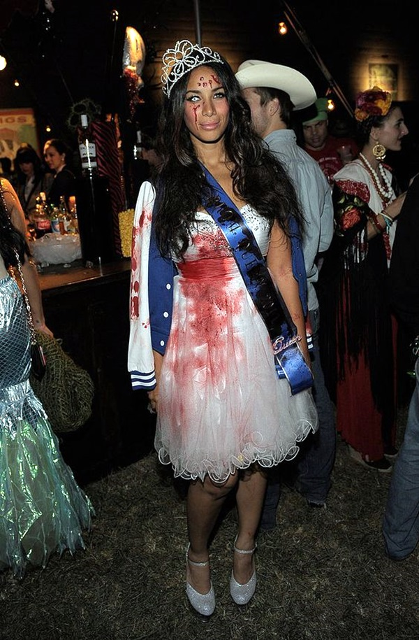 Amazing Zombie Costume Ideas (26)