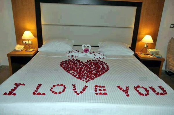 40 wedding first night bed decoration ideas bored art for Bed decoration