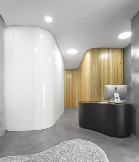 Chic but welcoming doctor s clinic design ideas bored art for Dermatology clinic interior design