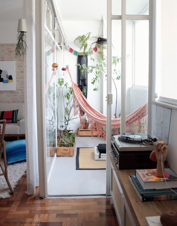 Chilling hammock Placement ideas to do it right (22)