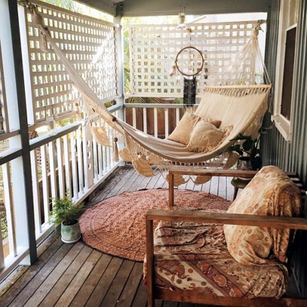 Chilling hammock Placement ideas to do it right (29)