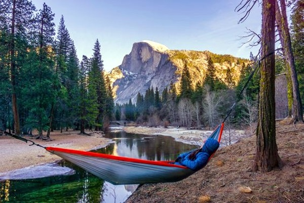 Chilling hammock Placement ideas to do it right (3)