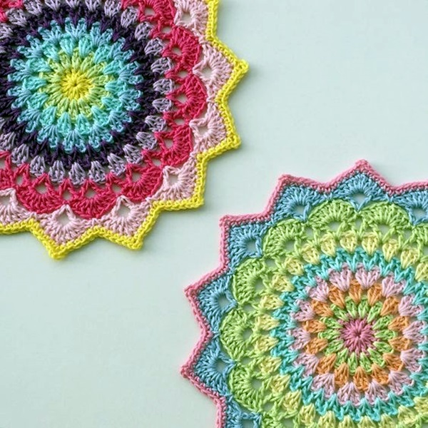 Pretty and Easy Crochet Doily for Beginners (1)