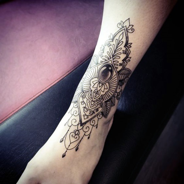 Sacred geometry Tattoo Ideas (26)