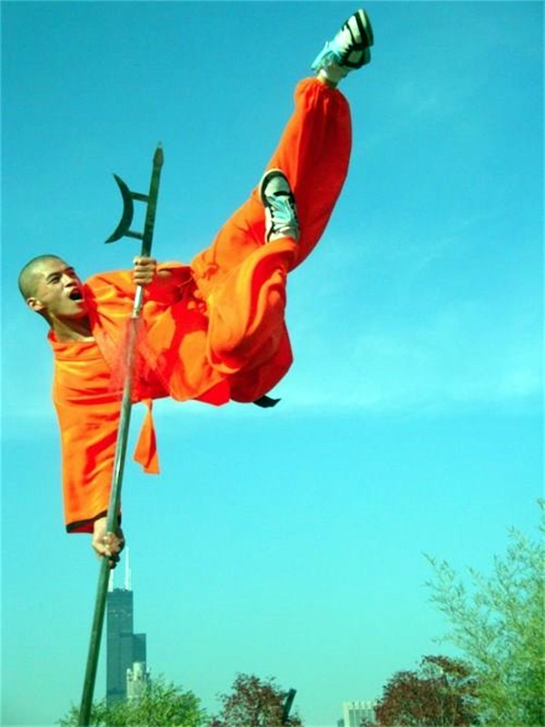 Shaolin monk Martial Art Demonstrations (12)