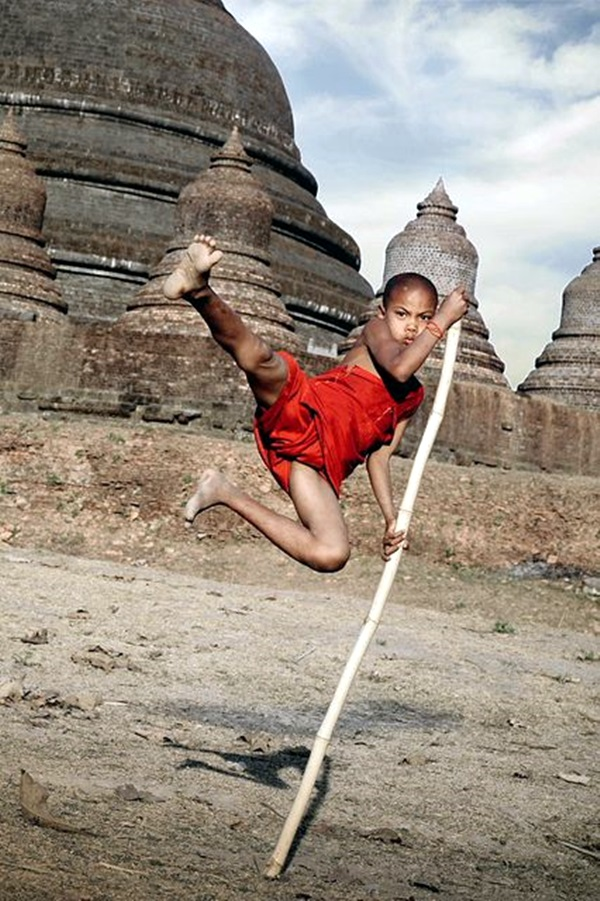 Shaolin monk Martial Art Demonstrations (17)
