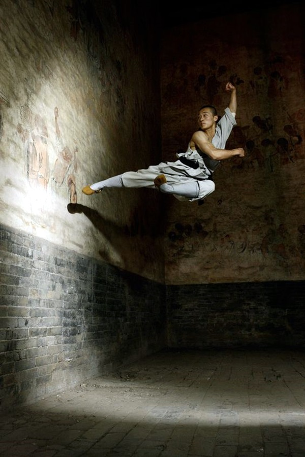 Shaolin monk Martial Art Demonstrations (21)