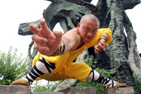 Shaolin monk Martial Art Demonstrations (25)
