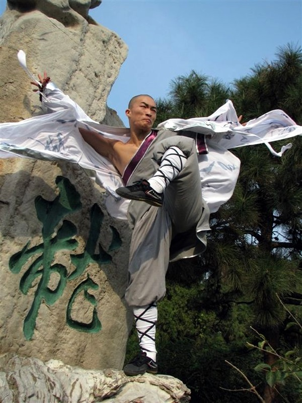 Shaolin monk Martial Art Demonstrations (29)