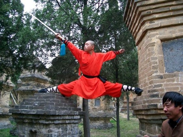 Shaolin monk Martial Art Demonstrations (31)