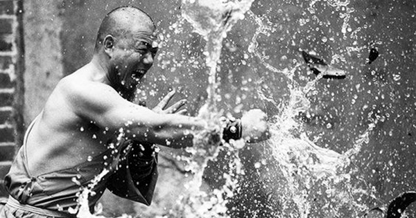 Shaolin monk Martial Art Demonstrations (5)