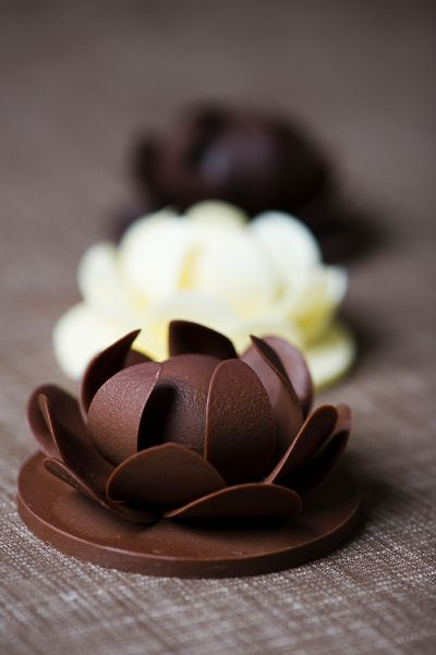 How To Make A Chocolate Garnish