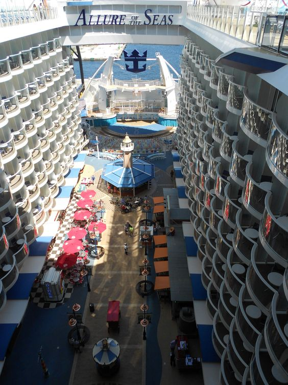 cruise ship interior 9