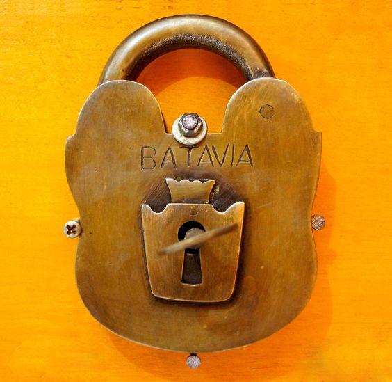 vintage locks and keys 1