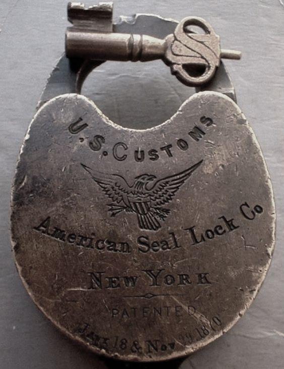 vintage locks and keys 16