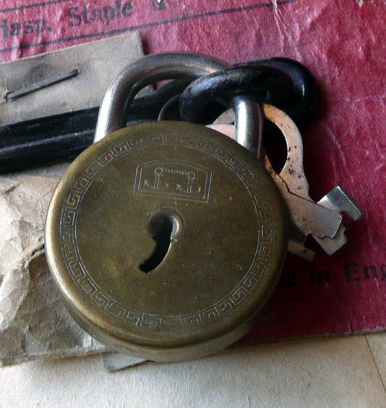 vintage locks and keys 22